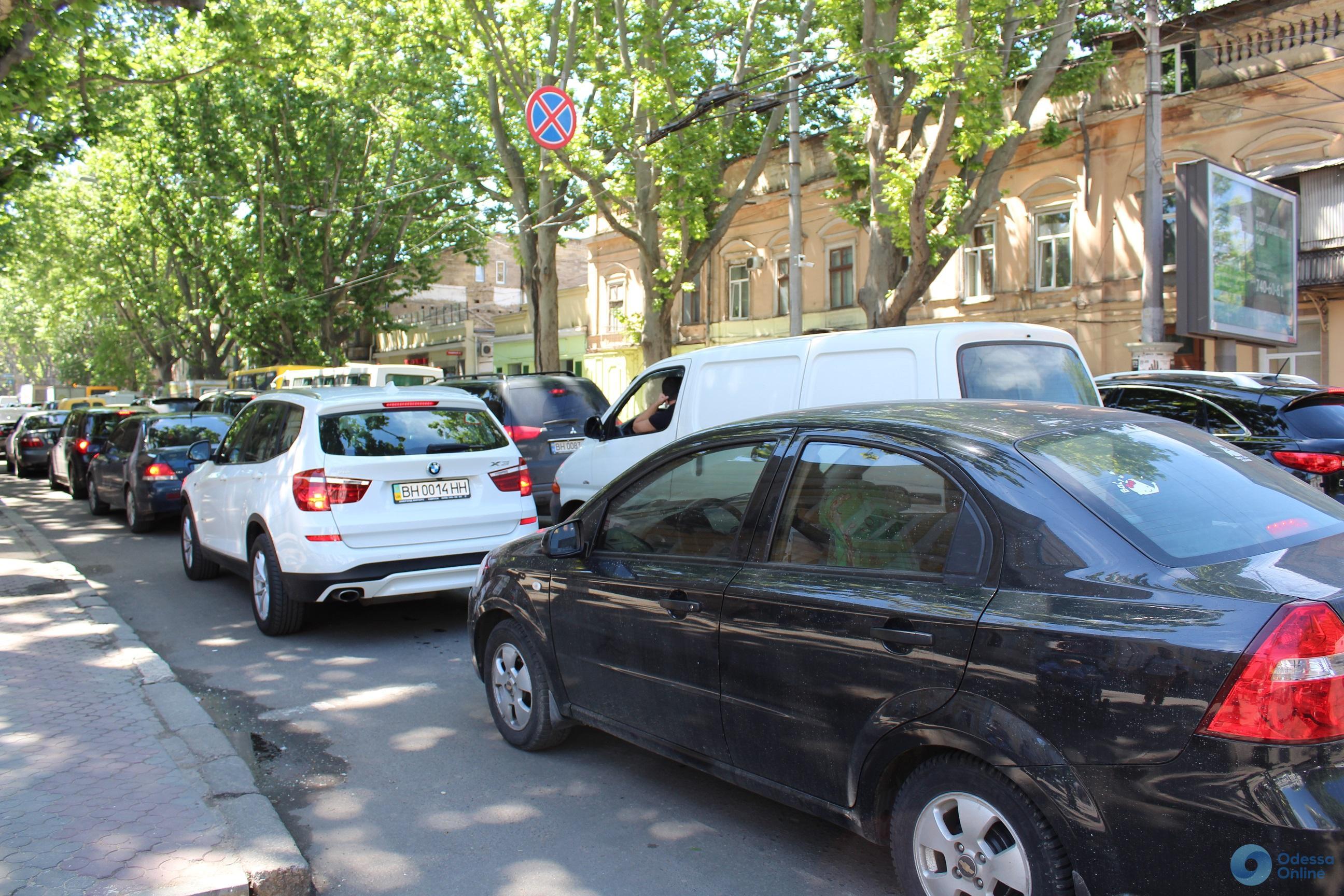 Дорожная обстановка в Одессе: в центр сегодня добираться непросто