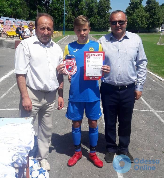 Черноморские школьники представят Одесскую область во всеукраинском финале футбольного турнира «Кожаный мяч»