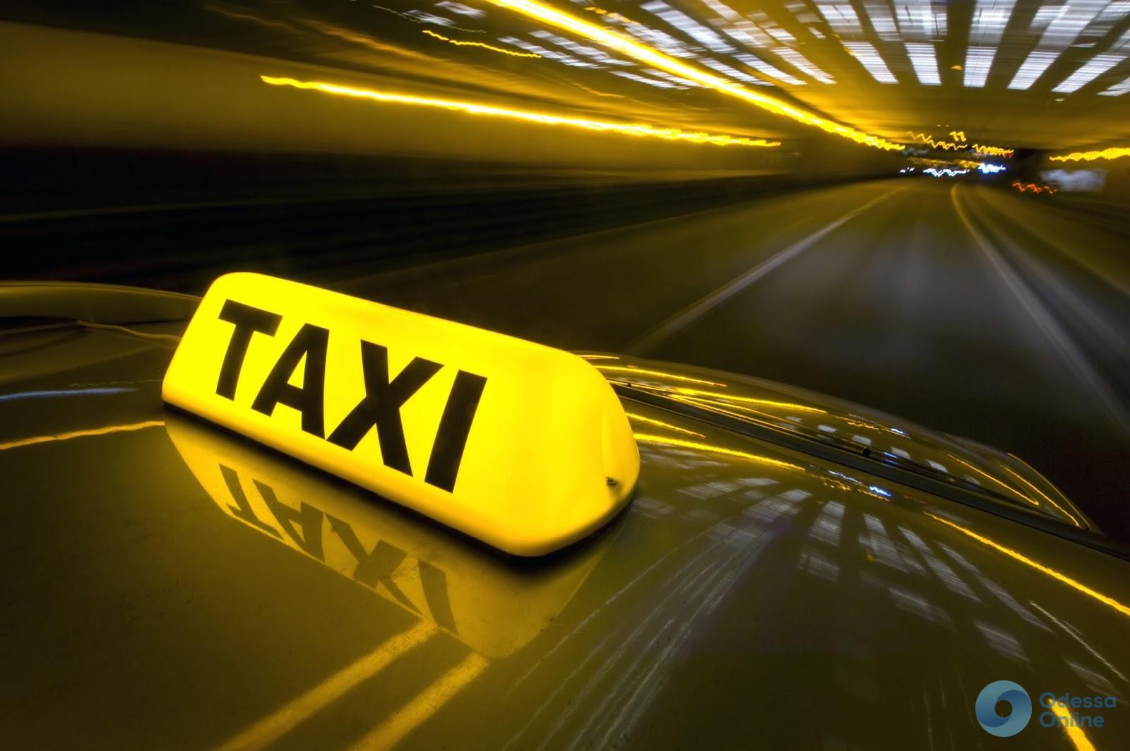 Дело о смерти одесского таксиста: обвиняемый нарушил домашний арест и сам себя «сдал»