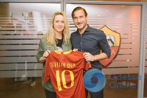 Элина Свитолина в мае: престижный трофей, футболка от легенды итальянского футбола и несколько исторических достижений