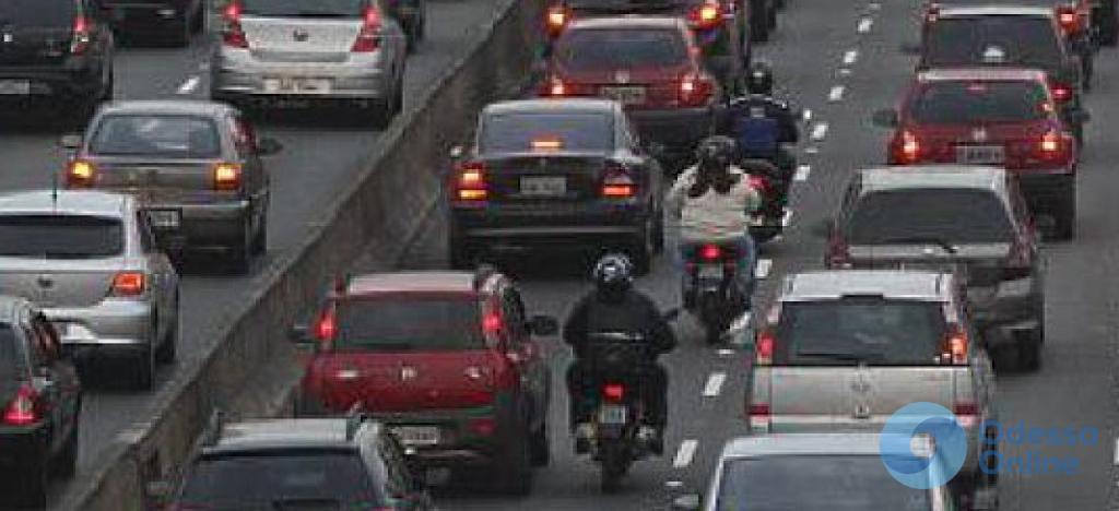 Дорожная обстановка: пробки на Балковской, Таирова и возле Селекционного института