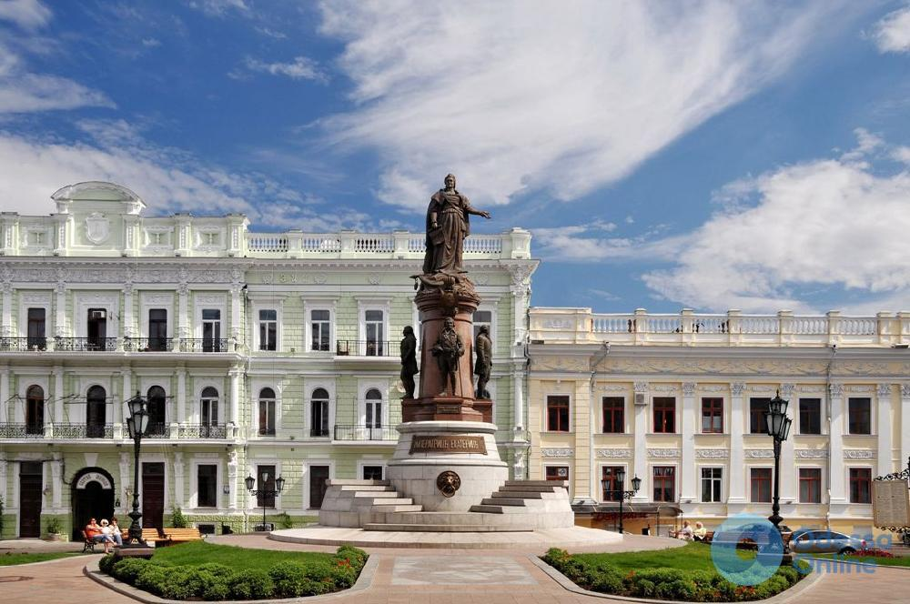 Автополив у памятника Основателям Одессы отремонтируют за 270 тысяч гривен