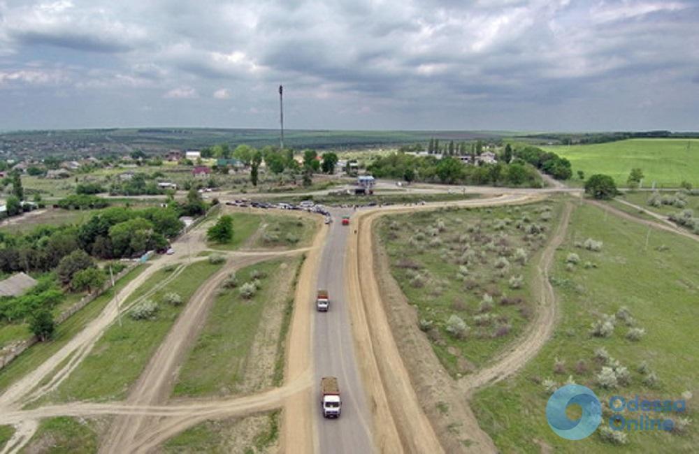 Трасса Одесса-Рени: строительство объездной дороги завершат к концу года
