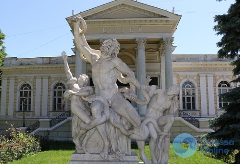 Одесса: скульптуру «Лаокоон и его сыновья» полностью восстановили