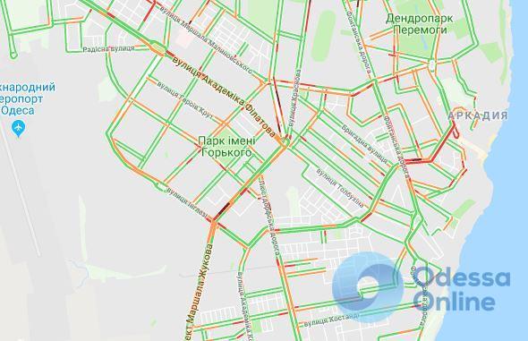 Дорожная обстановка в Одессе: центр стоит в пробках