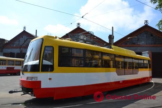Одесситам предлагают дать название трамваю