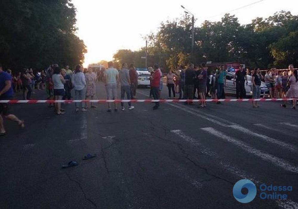 Продолжают нарушать: на Тираспольском шоссе хотят оборудовать отбойники и подземные переходы