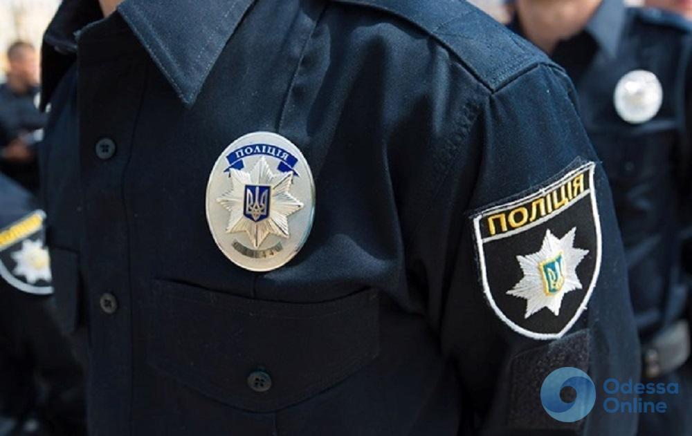 Переоформлял Mercedes: в Одессе задержали разыскиваемого мужчину