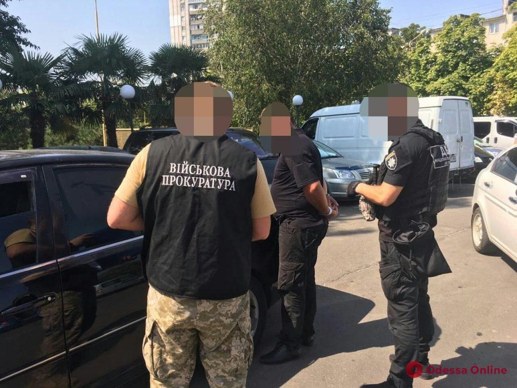 Черноморск: офицера полиции поймали на взятке