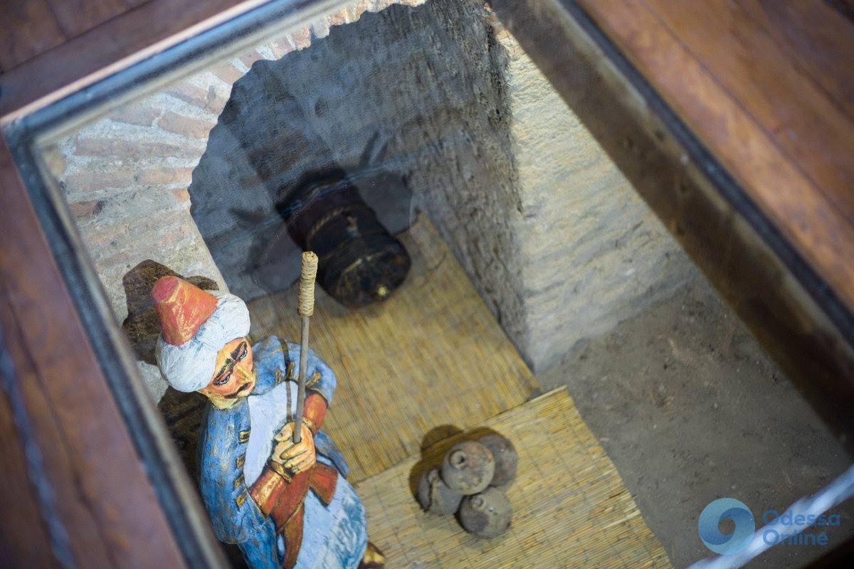 Девичью башню Аккерманской крепости отныне «охраняет» янычар