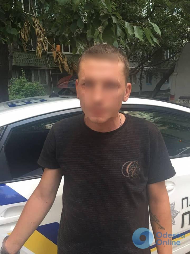 Снова вышел на «охоту»: в Одессе задержали грабителя-рецидивиста