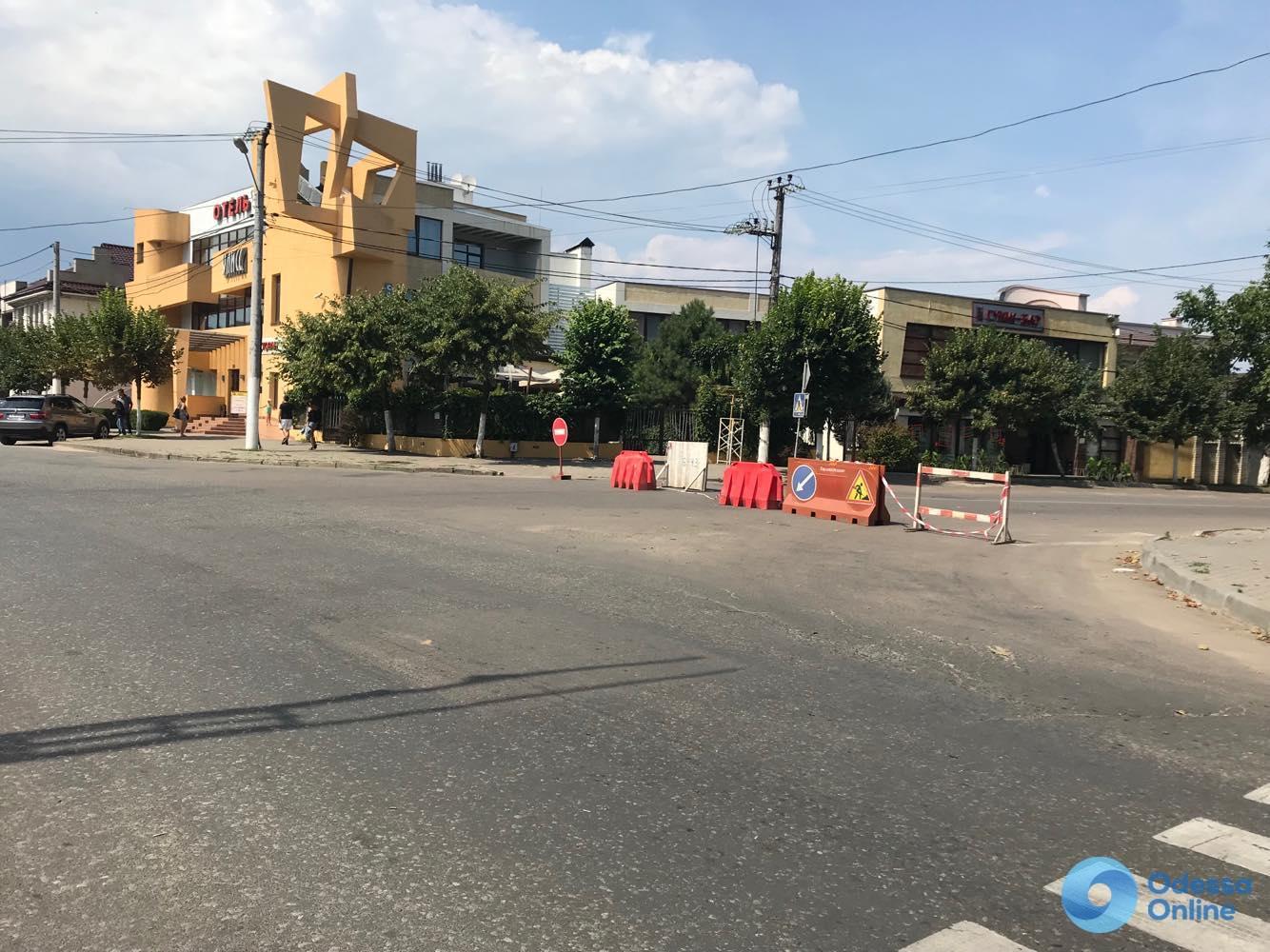 Провал на Львовской: ремонт завершен, но ездить пока нельзя