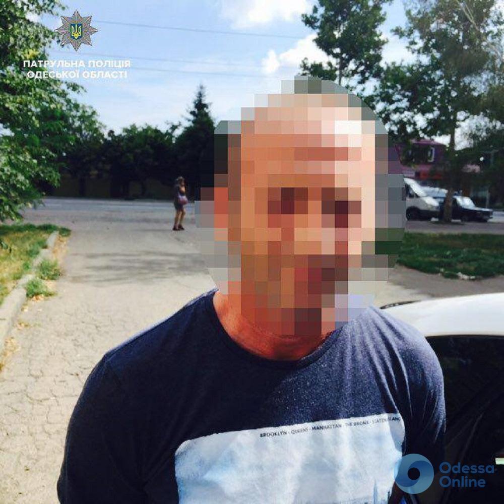 Пытался скрыться с «добычей»: в Одессе задержали автовора