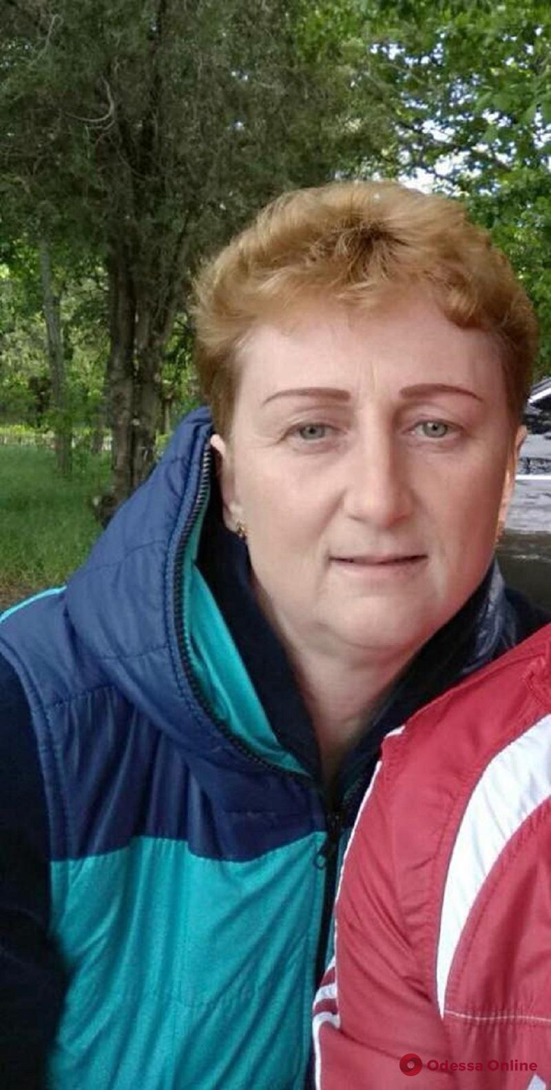 Поиски пропавшей в Сергеевке женщины: служебный пес нашел в люке ее сумочку