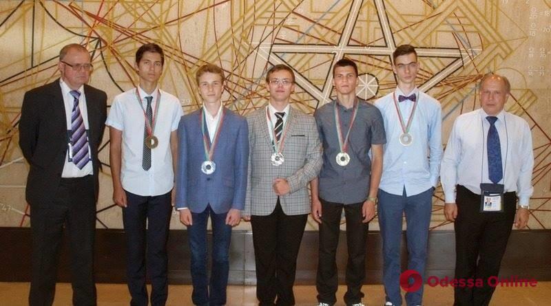 Одесский школьник взял «серебро» на международной олимпиаде по физике в Лиссабоне