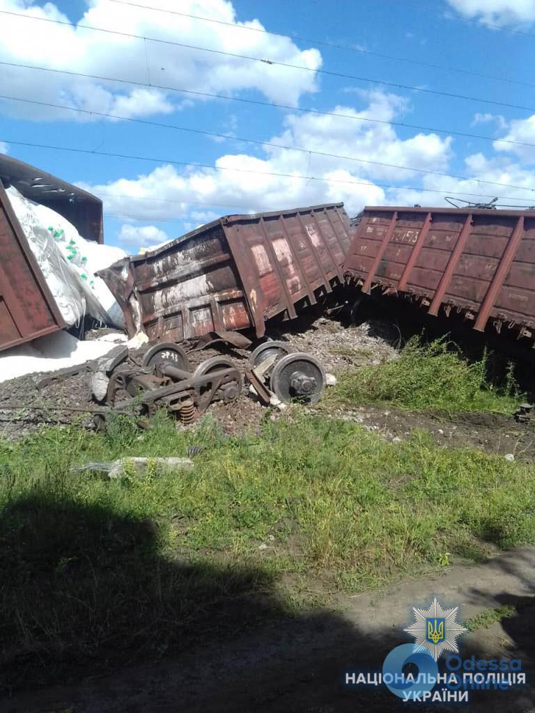 Сход вагонов под Одессой: поезда все еще ходят с опозданием