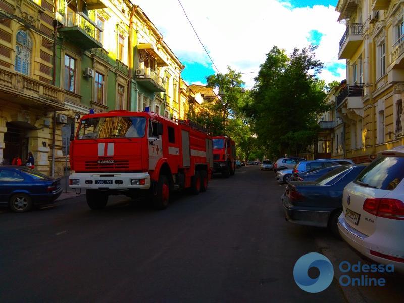 Одесса: в знаменитом доме с атлантами произошел пожар