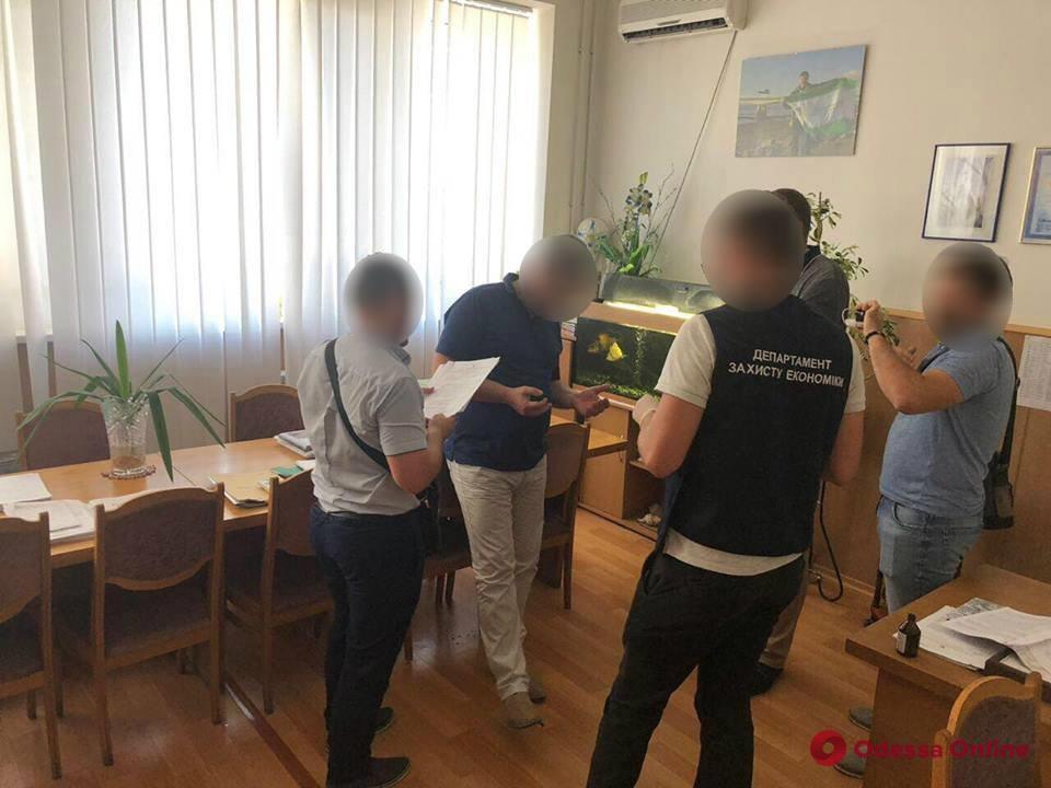 В Одессе на крупной взятке поймали проректора экологического университета