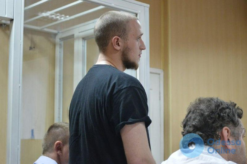 Одесса: ультраса, избившего Ищенко, суд отправил домой
