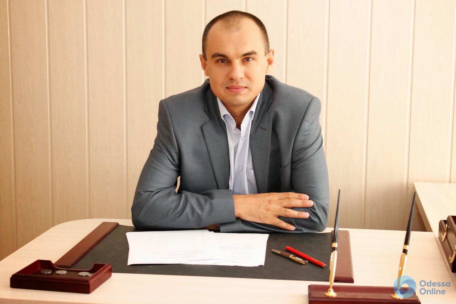 И. о. ректора Одесского медуниверситета не пускают на рабочее место (видео)