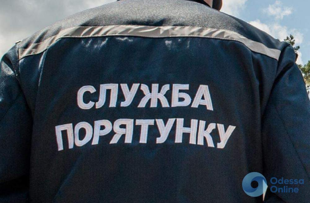Под Одессой пожилая женщина упала в пустой бассейн