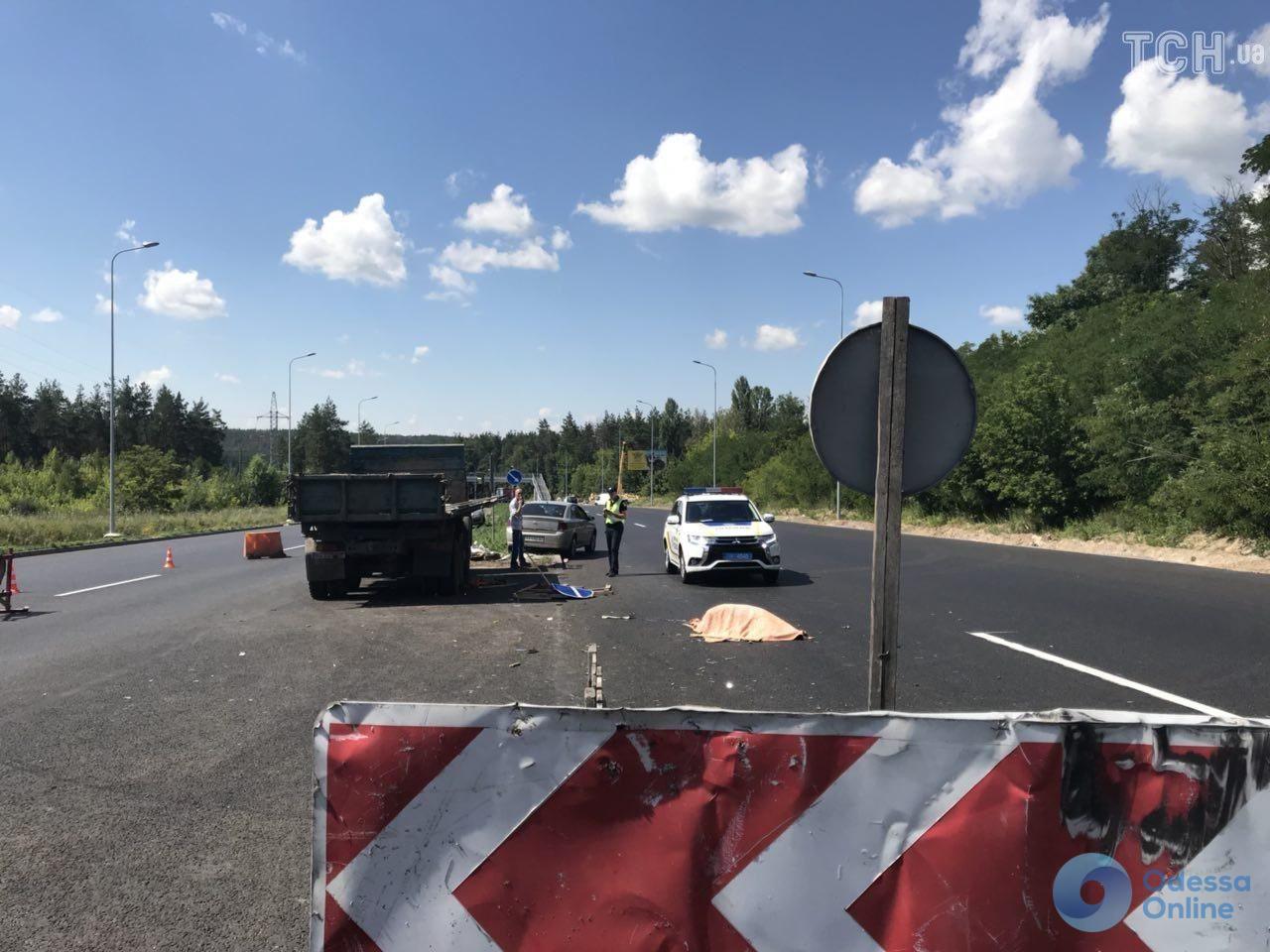 Смертельное ДТП на трассе Киев-Одесса: один человек погиб, четверо – в реанимации