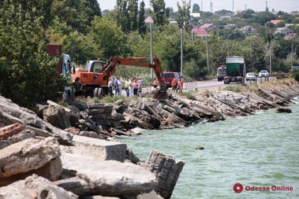В Одессе создадут рабочую группу для обследования Хаджибеевской дамбы