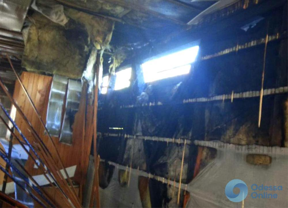 На базе отдыха в Затоке сгорела кухня