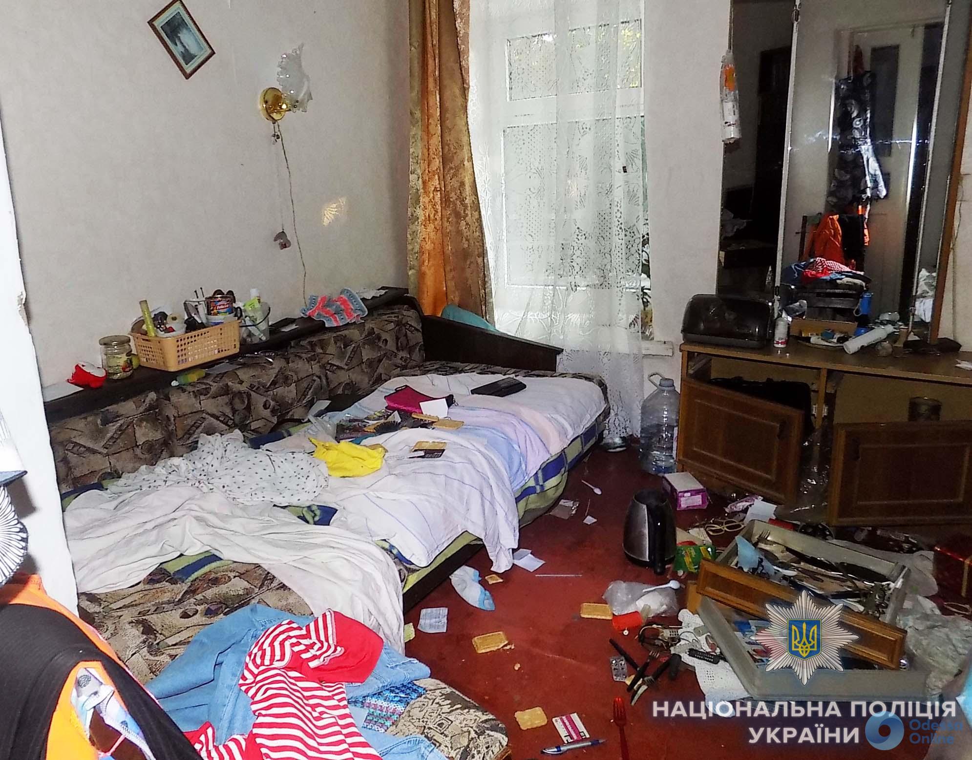 Белгород-Днестровский: вооруженный разбойник ворвался в частный дом