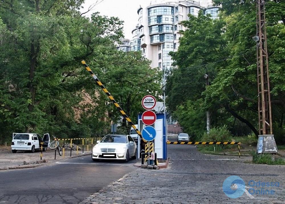 В Одессе стоимость прибрежных парковок останется прежней
