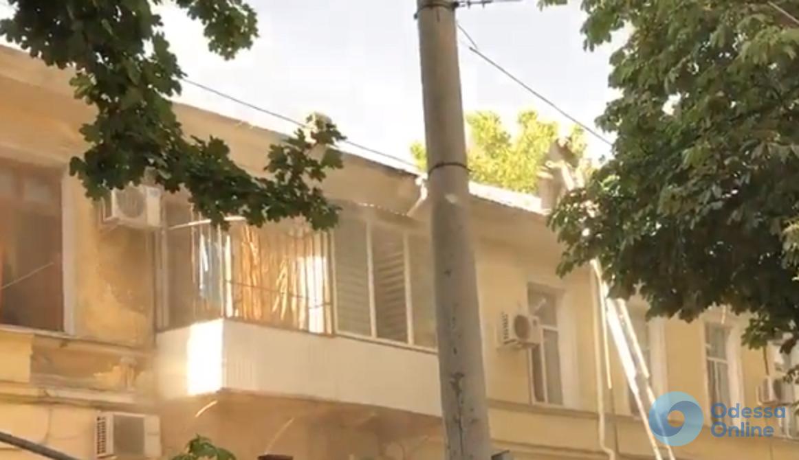 В центре Одессы тушили пожар