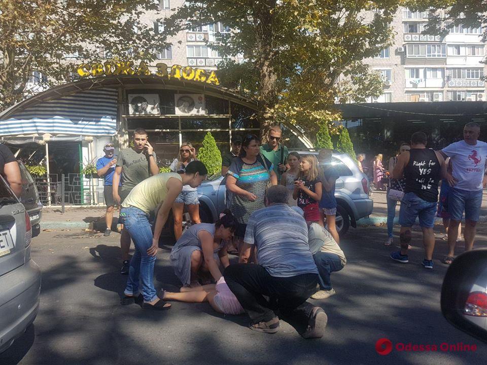 В Черноморске автомобиль сбил ребенка