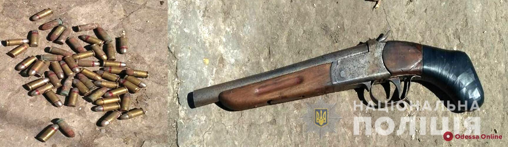 Нашел в мусорном баке: у жителя Одесской области изъяли обрез и патроны