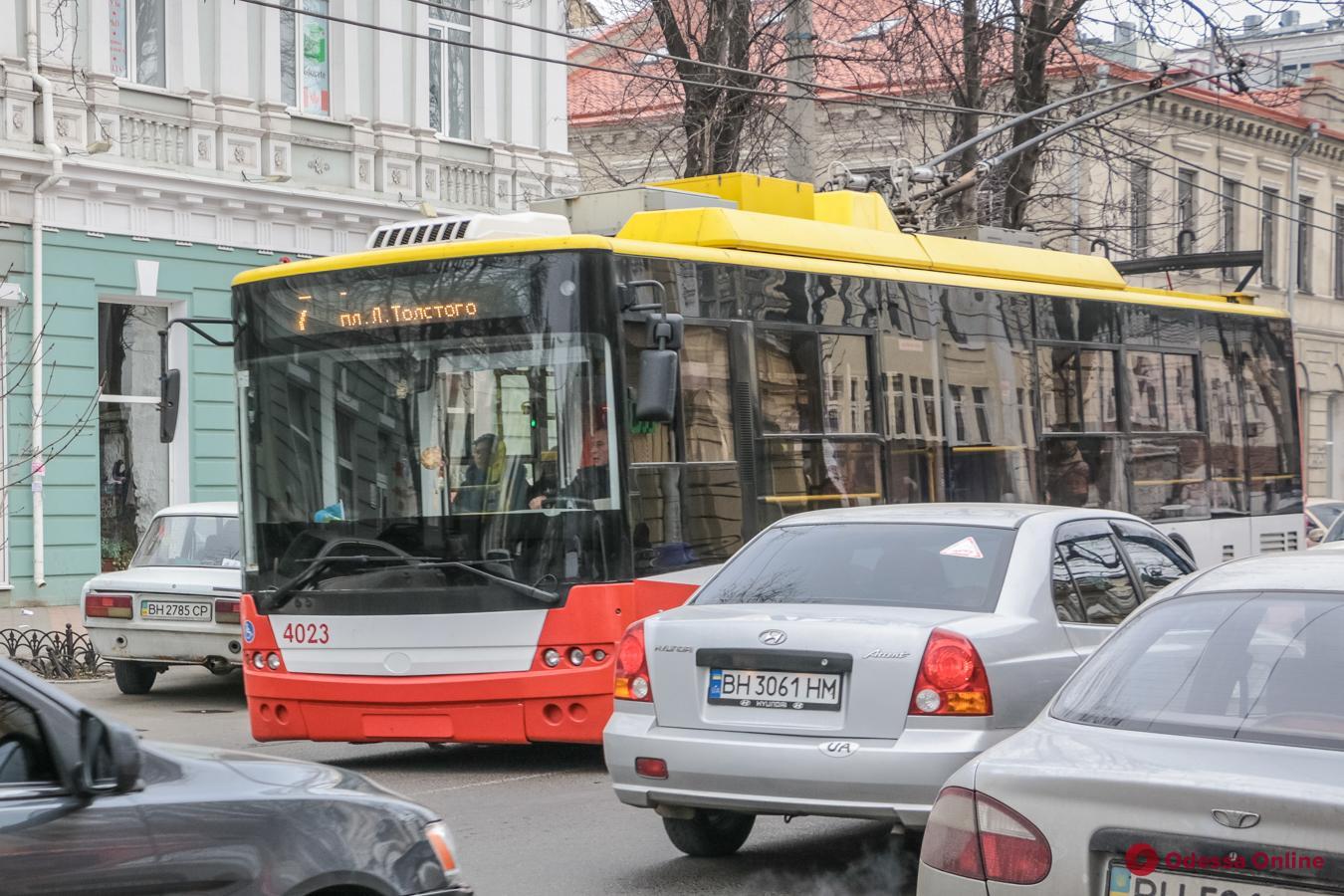 В Одессе временно закрыт троллейбусный маршрут №2
