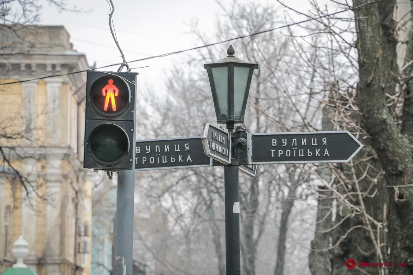 Движение по улице Троицкой откроют для транспорта и запретят для пешеходов