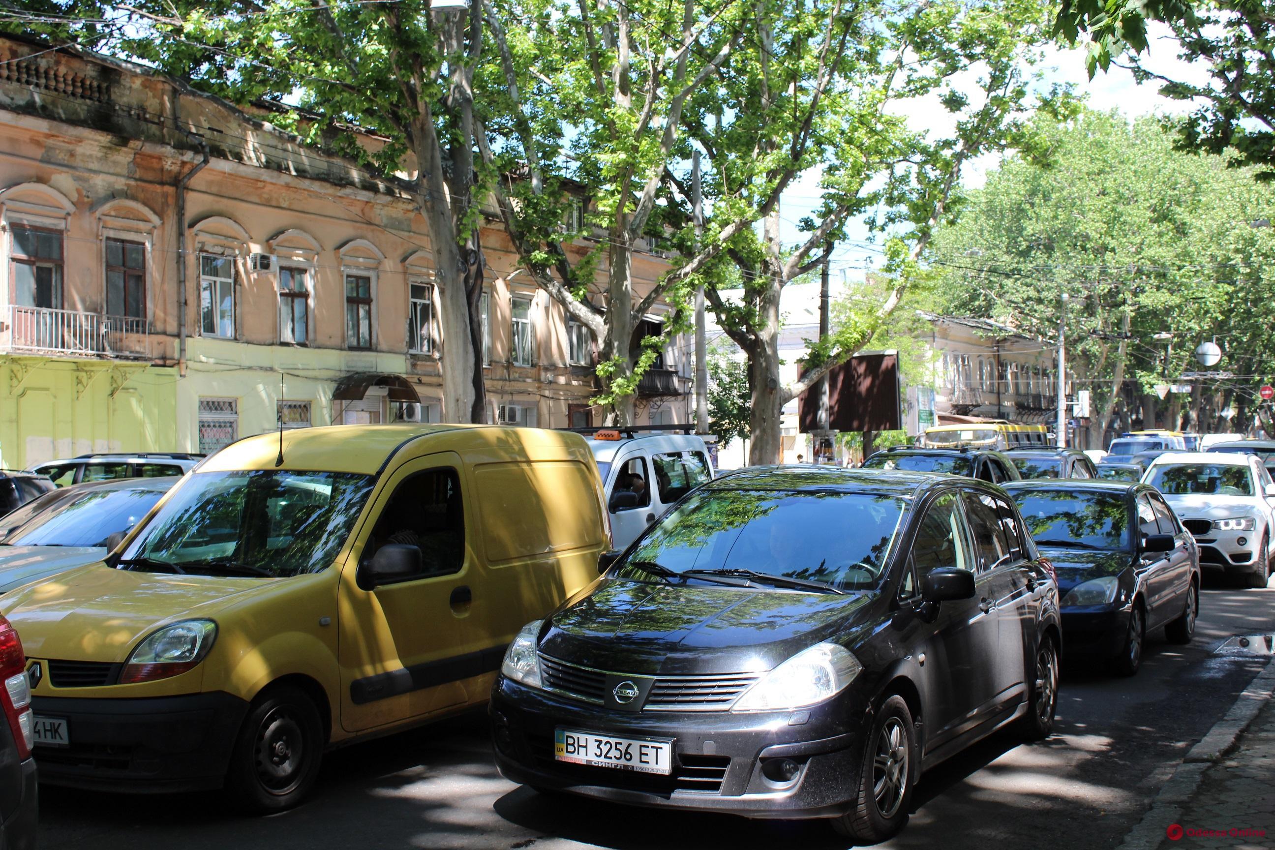 Одесские пробки: сложная ситуация на Пересыпи и Таирова