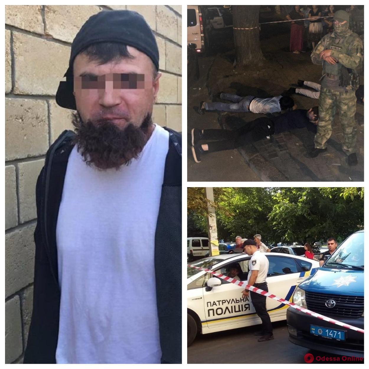 Итоги дня в Одессе: много ДТП, киллер с отклеившейся бородой и раненый сотрудник ЖКСа