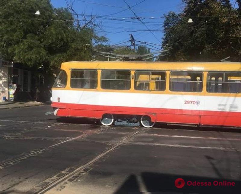 Сбила насмерть пенсионерку: в Одессе судили водителя трамвая