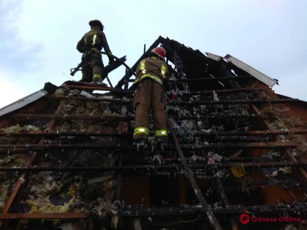Одесская область: в гараже сгорели 4 автомобиля