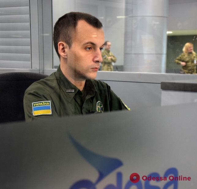 Одесса: в аэропорту задержали узбека