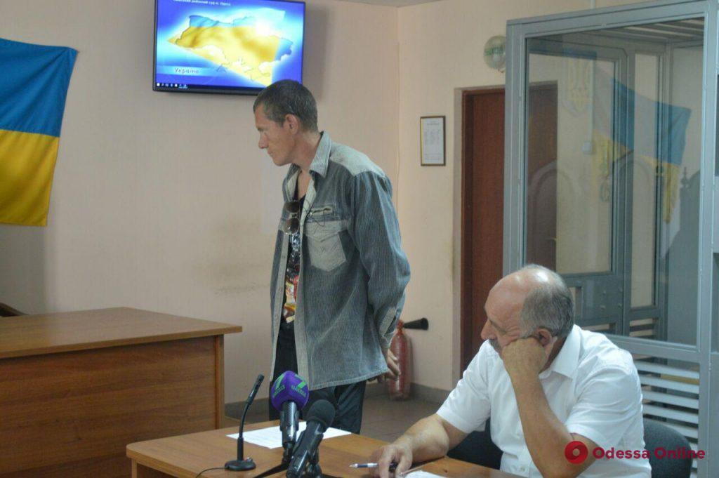 В наручники из зала суда — известного одесского живодера отправили в СИЗО