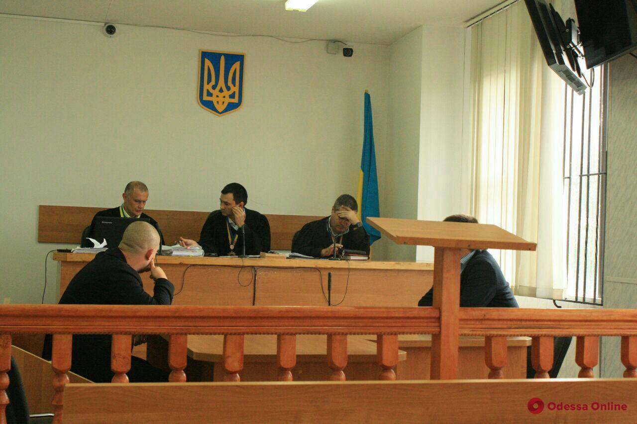 Избил семь женщин в центре Одессы: суд отпустил дебошира домой