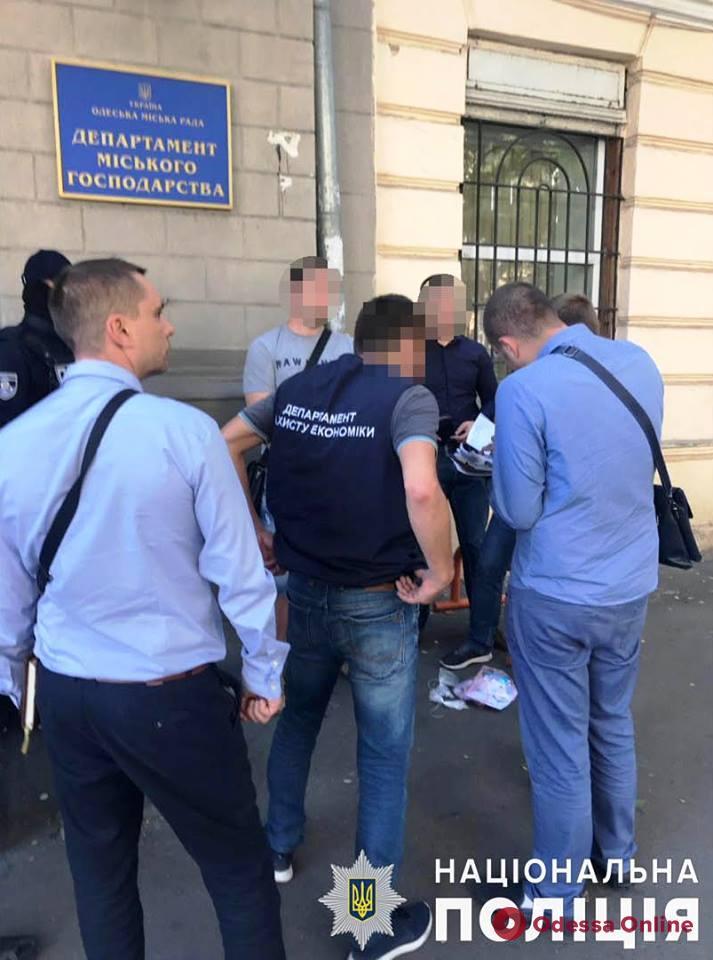 Депутат Одесского горсовета «крышевал» коррупционную схему