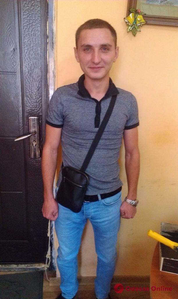 Скрывался год от следствия: в Одессе задержали грабителя
