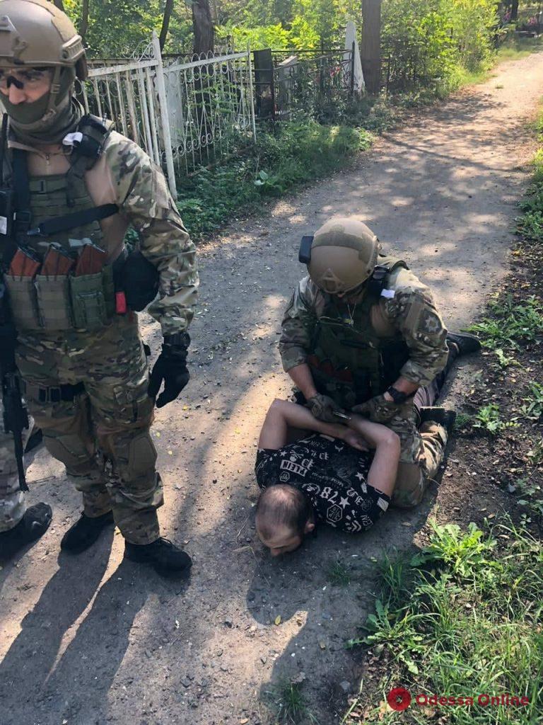 Появилось видео нападения на инкассаторов в Одессе и фото задержания бандитов