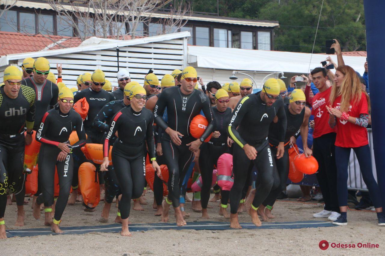 Oceanman: в Одессе стартовал масштабный заплыв на открытой воде (фото)