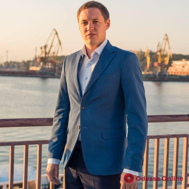 Одесса: стала известна личность «крышевавшего» коррупционную схему депутата