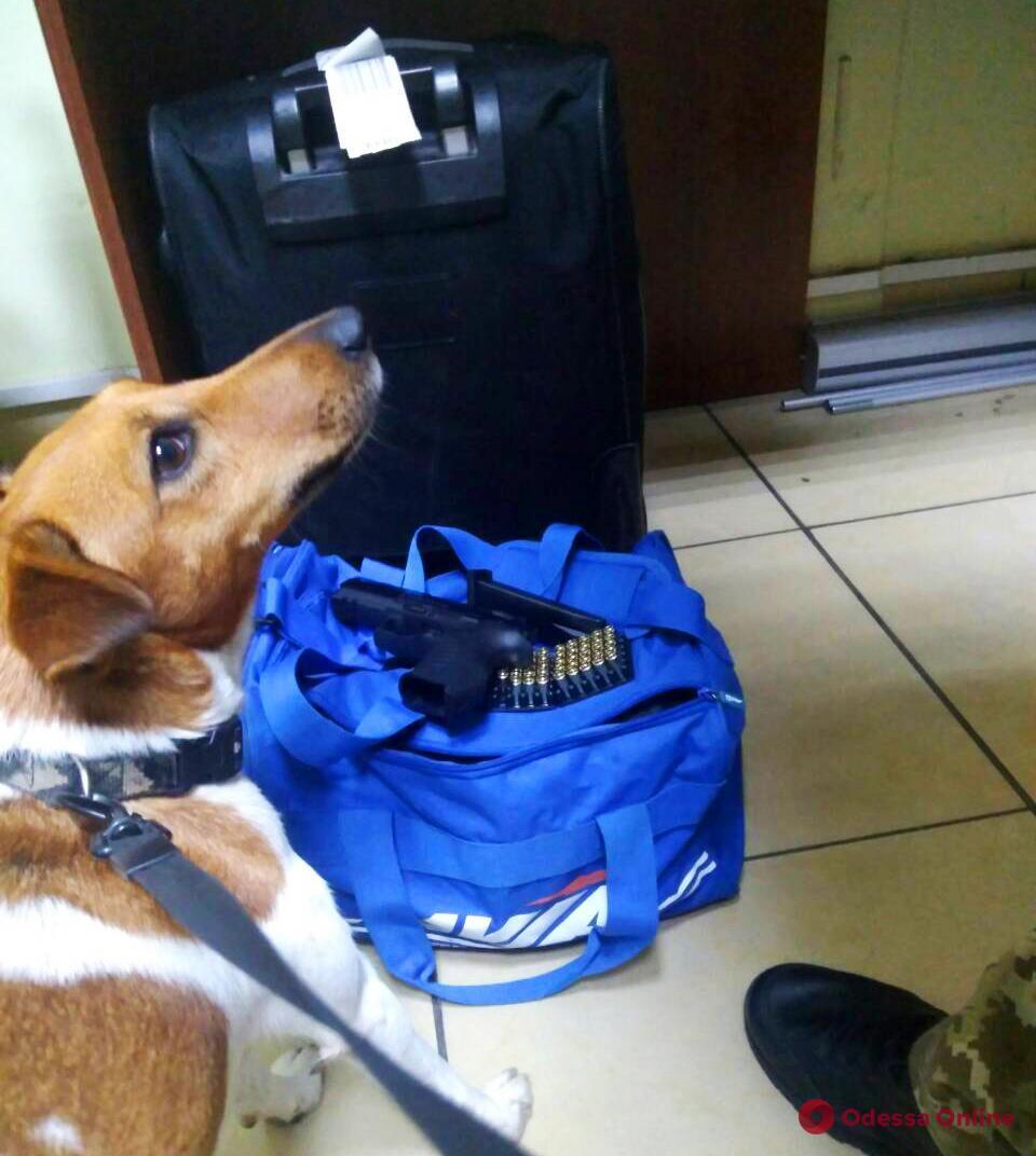 В Одесском аэропорту задержали вооруженного израильтянина