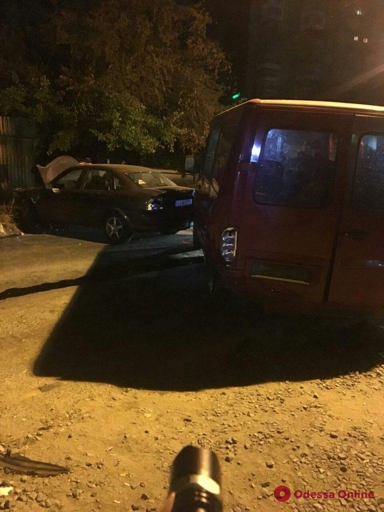 В Одессе в результате ДТП пострадала девушка