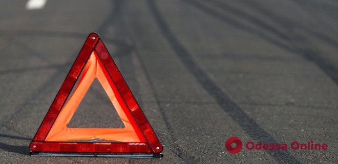 Сбежал и вернулся: в Одесской области водитель BMW сбил ребенка